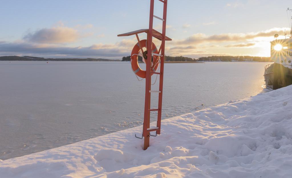 Talven harvinaisuutta: aurinkoinen päivä