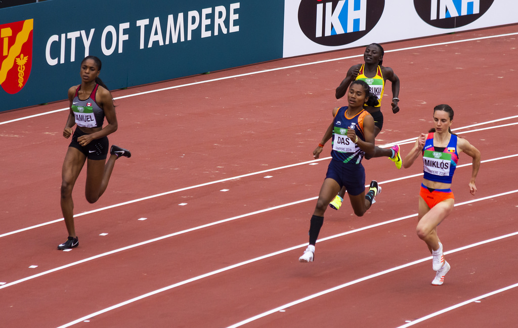 Miehet 400 m; semifinaali