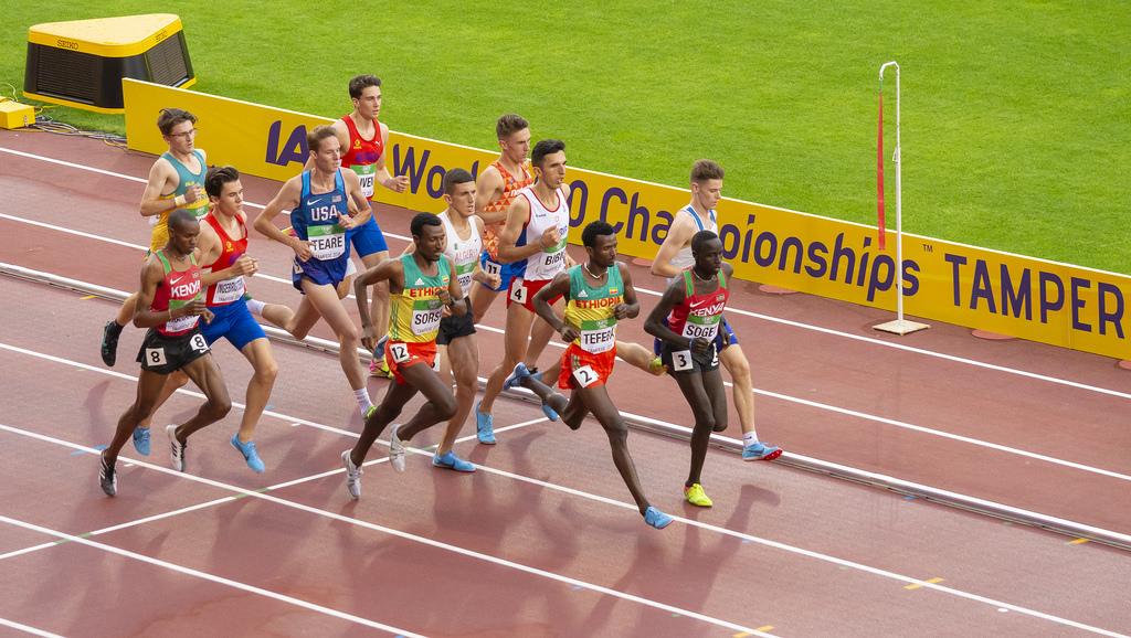 Miehet 1500 m; finaali