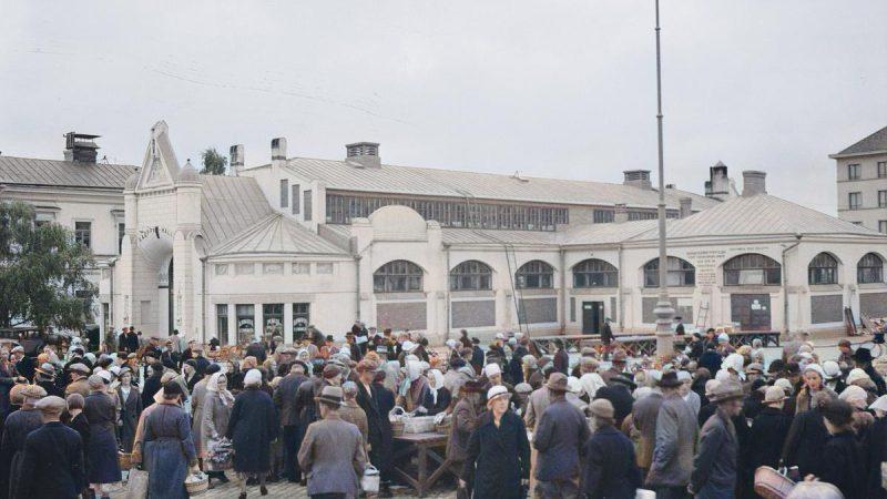 Museoviraston kuvia Kuopiosta väritettynä